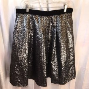 Silver  black textured party skirt with lining